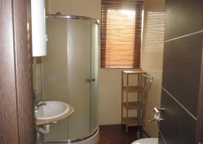 Апартамент за четирима (8)