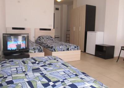 Стая за трима (3)